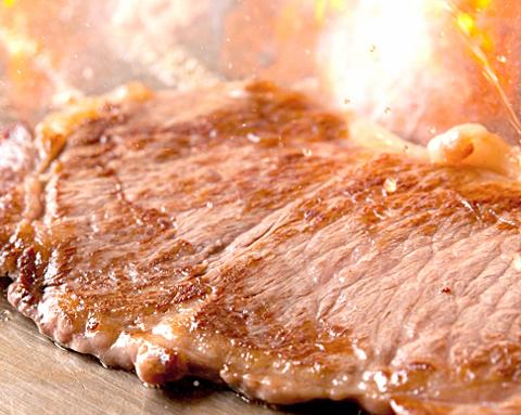 牛肉の栄養成分にコラーゲンが!部位に合った料理を紹介|牛肉のお取り寄せ
